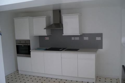 1 bedroom apartment to rent - One bedroomed ground floor flat.  Kitchen/Diner, Lounge, Shower Room, Bathroom, GCH, Parking.