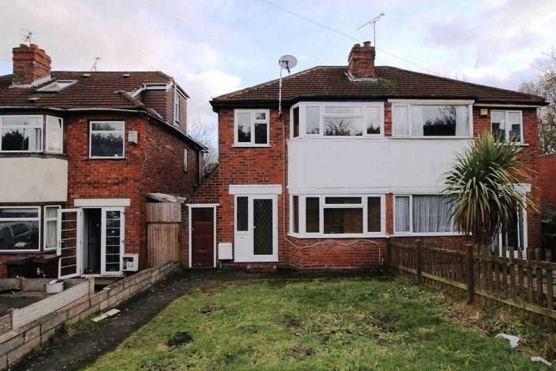 3 Bedrooms Semi Detached House for sale in Ladymoor Road, Bilston