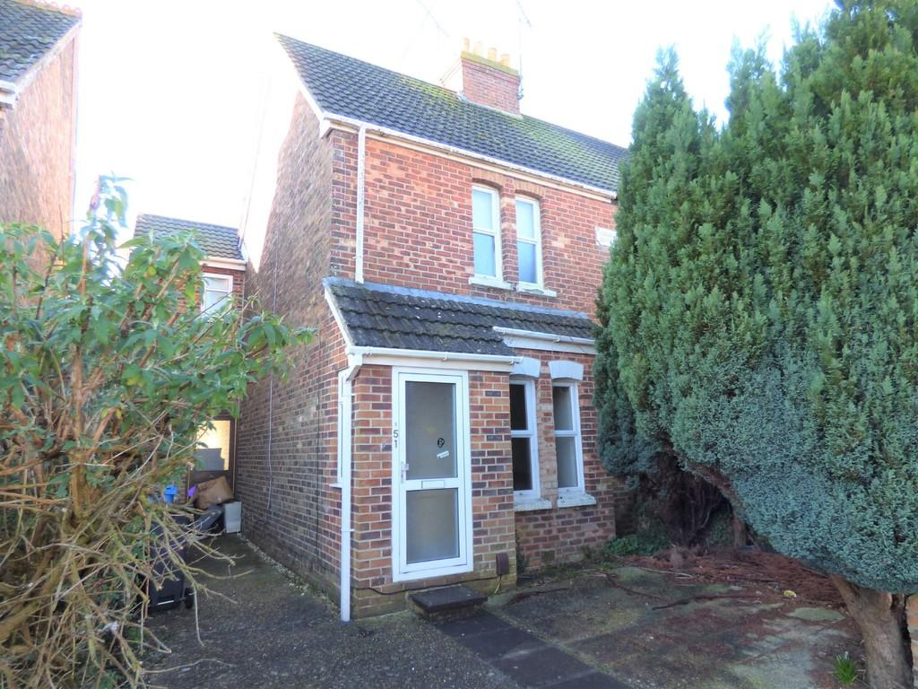 3 Bedrooms Semi Detached House for sale in Carters Avenue, Hamworthy