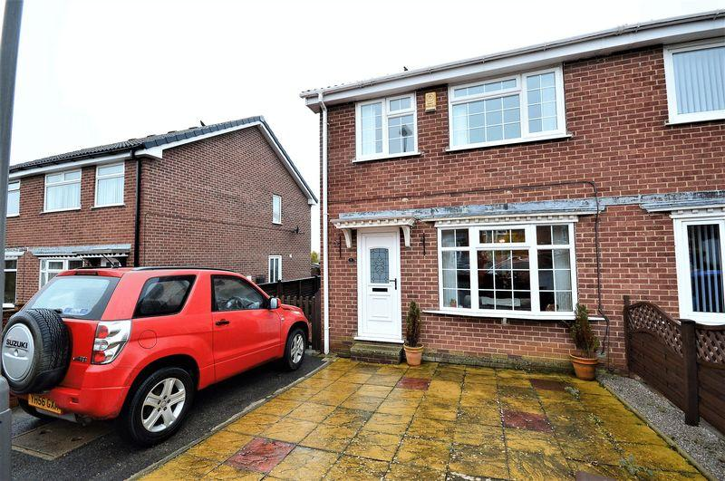 3 Bedrooms Semi Detached House for sale in Muncaster Way, Whitby