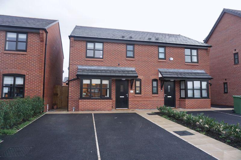 3 Bedrooms Semi Detached House for sale in Merton Crescent, Heaton Moor