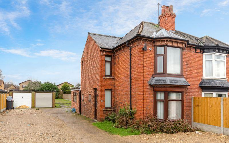 3 Bedrooms Semi Detached House for sale in 206 Doddington Road, Lincoln