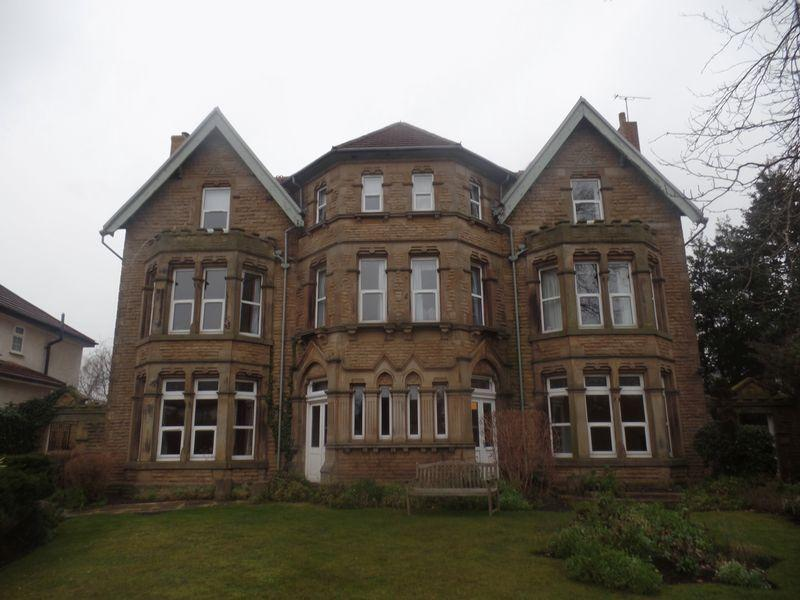 2 Bedrooms Flat for sale in Flat 1 Minto House, 47 Birkenhead Road, Wirral