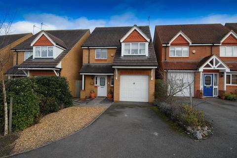 3 bedroom detached house to rent - Springfield Road, Rushden
