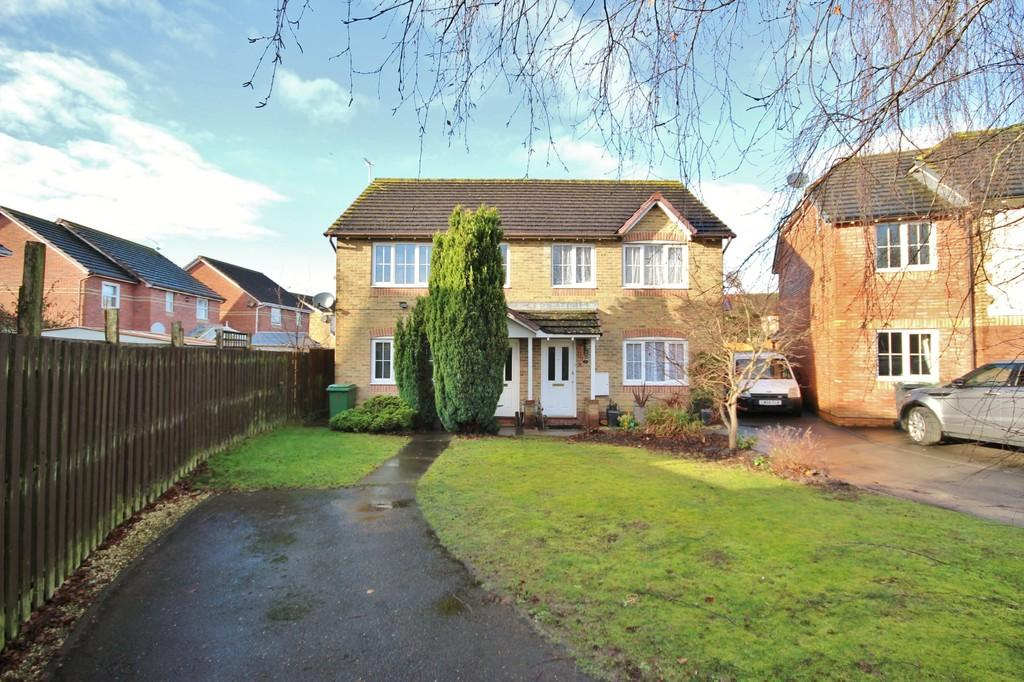 3 Bedrooms Semi Detached House for sale in Burreed Close, St Mellons, Cardiff