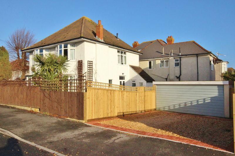 4 Bedrooms Detached House for sale in Herberton Road, Southbourne, Bournemouth