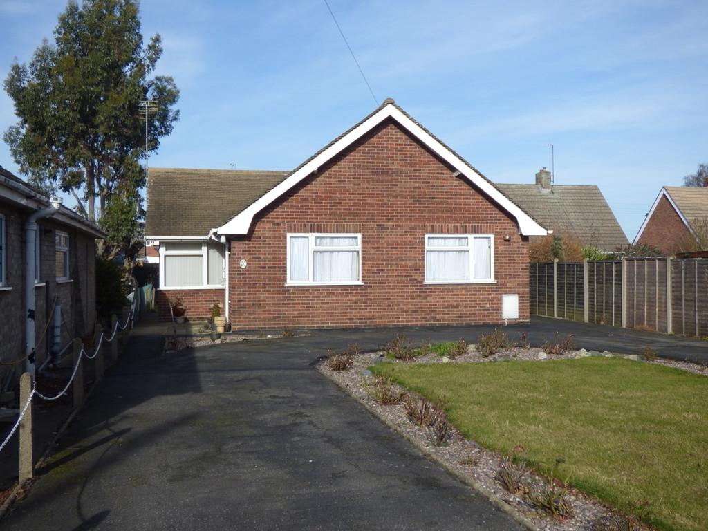2 Bedrooms Detached Bungalow for sale in Pennygate, Spalding