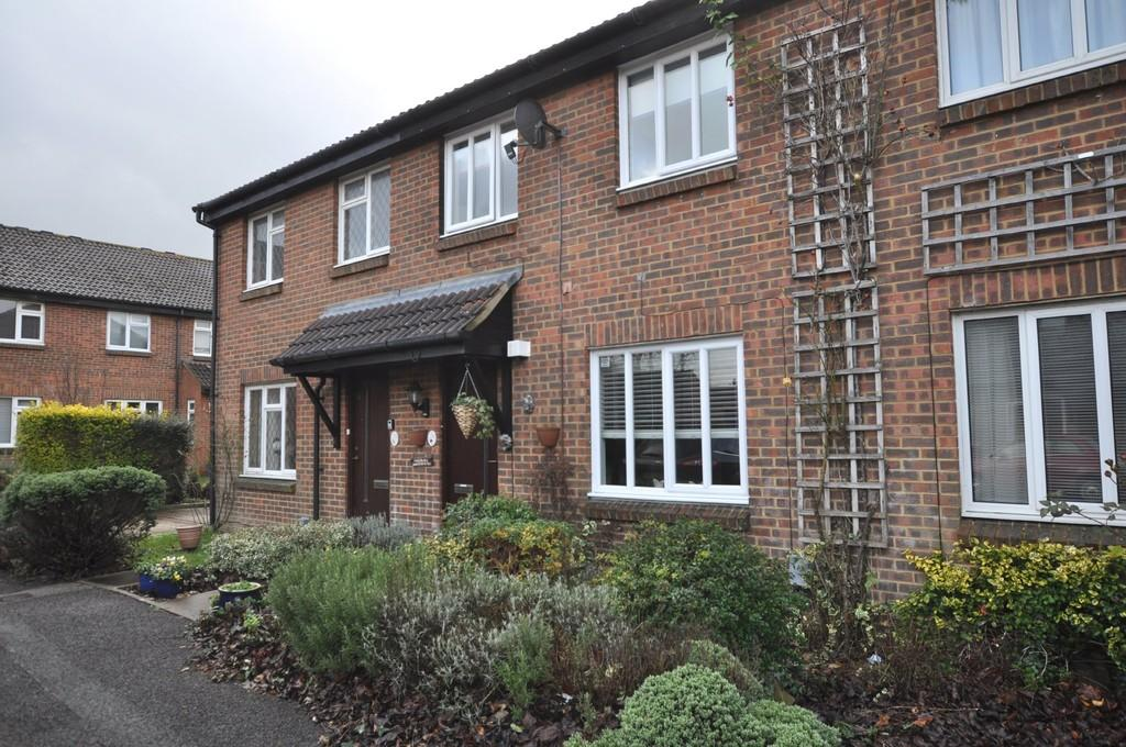 3 Bedrooms Terraced House for sale in Bradfield Close, Burpham