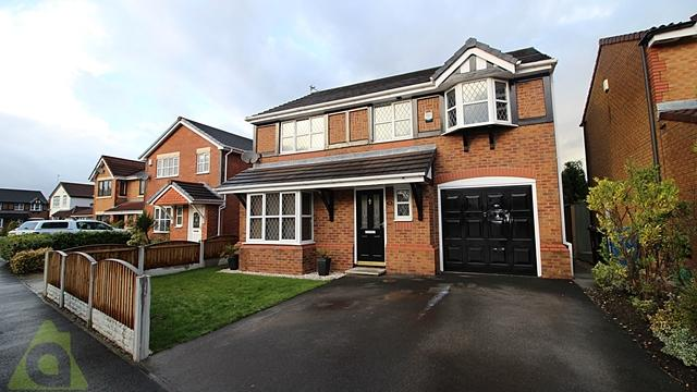 4 Bedrooms Detached House for sale in Askwith Road, Hindley Green, WN2