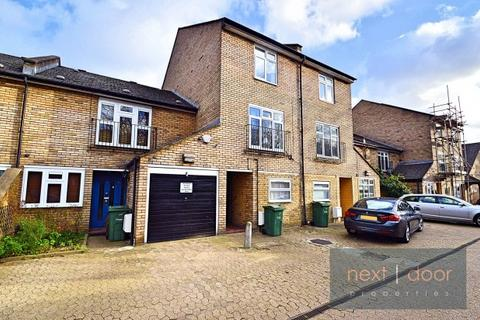 4 bedroom townhouse to rent - Melbourne Mews,  Oval, SW9