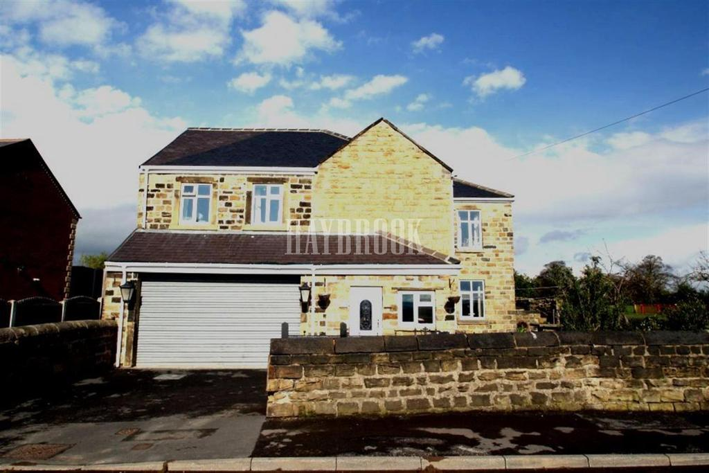 4 Bedrooms Detached House for sale in Wentworth Road, Blacker Hill