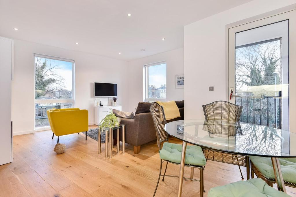 1 Bedroom Flat for sale in St. Faiths Road, West Dulwich