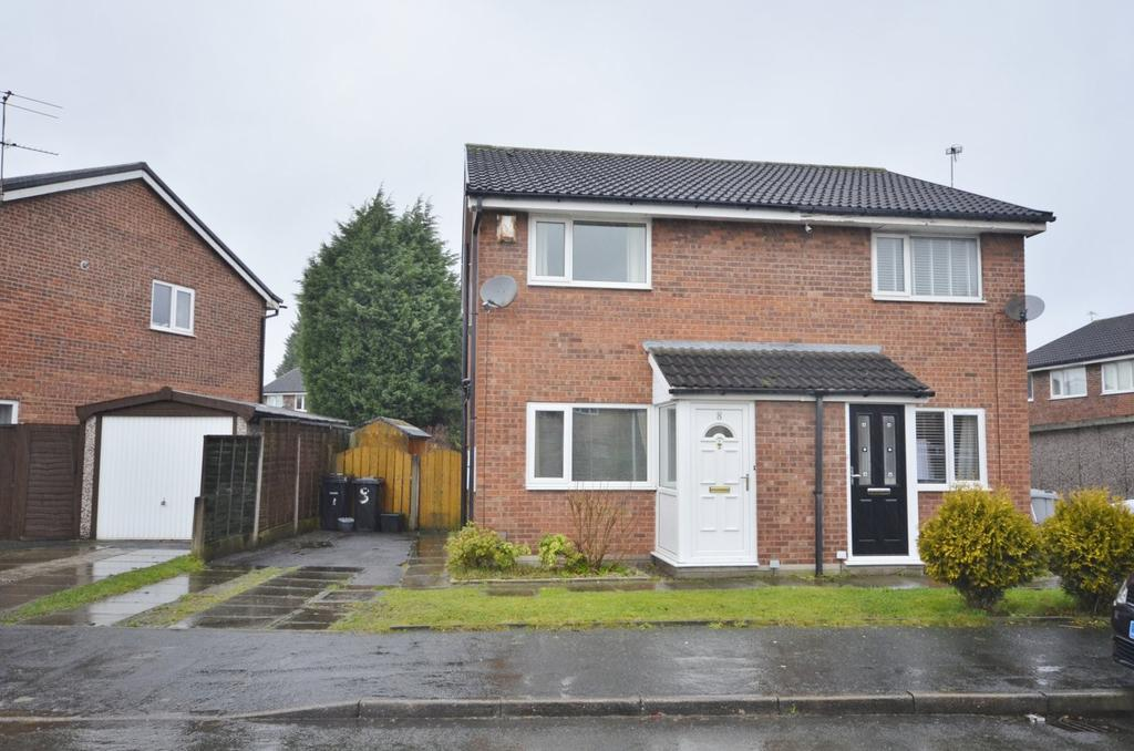 2 Bedrooms Semi Detached House for sale in Whitlow Avenue, Broadheath, Altrincham