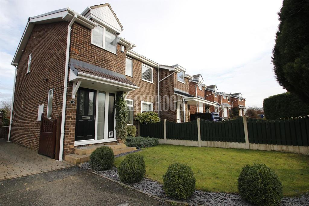 3 Bedrooms Semi Detached House for sale in Cloudberry Way, Staincross