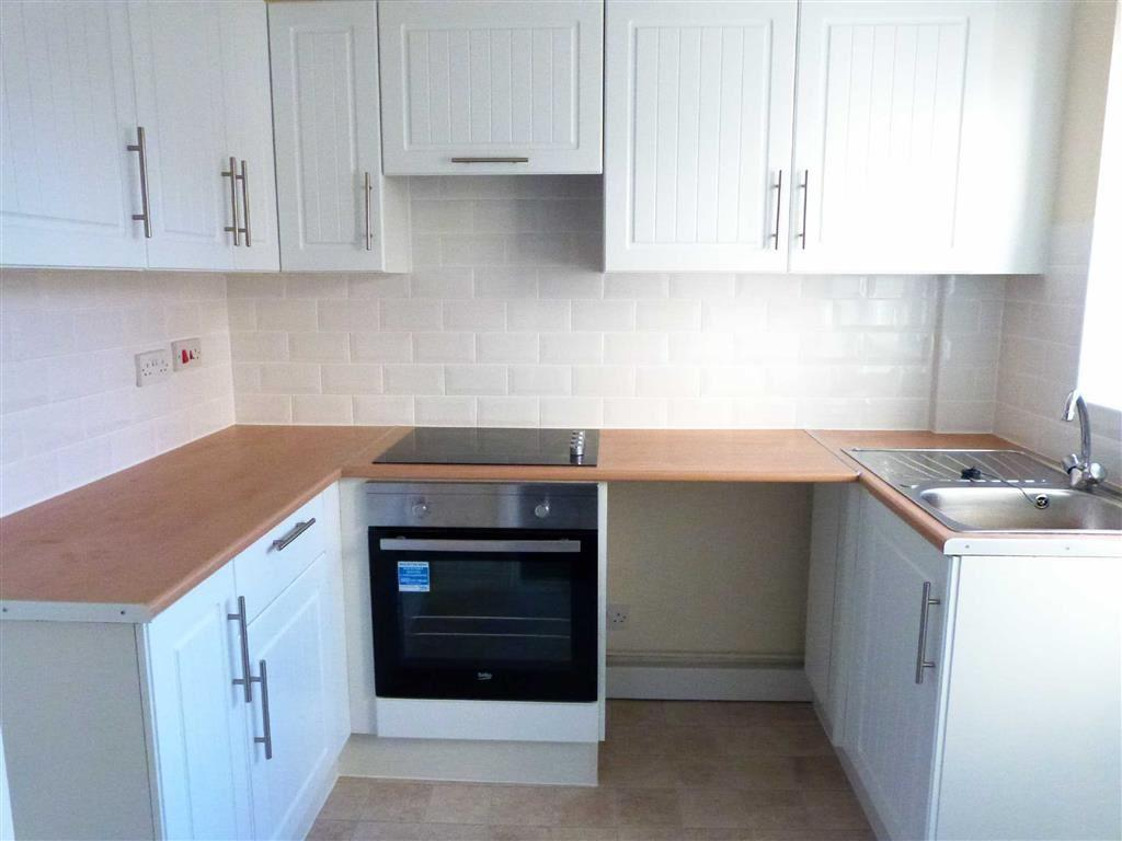 2 Bedrooms Terraced House for rent in Cherry Orchard Mews, Pocklington