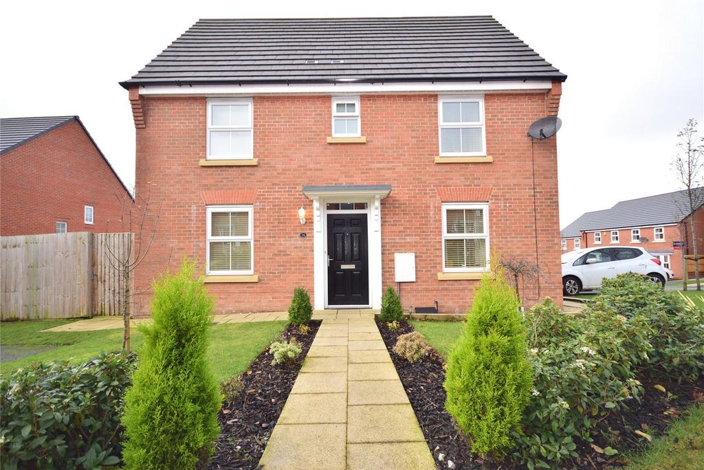 3 Bedrooms Semi Detached House for sale in Whittaker Drive, Blackburn, BB2