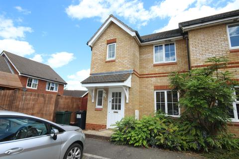 3 bedroom end of terrace house to rent - Kestrel Close, ASHFORD