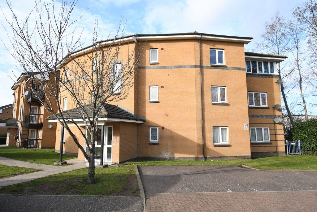 2 Bedrooms Apartment Flat for sale in Anchor Close, Barking, IG11