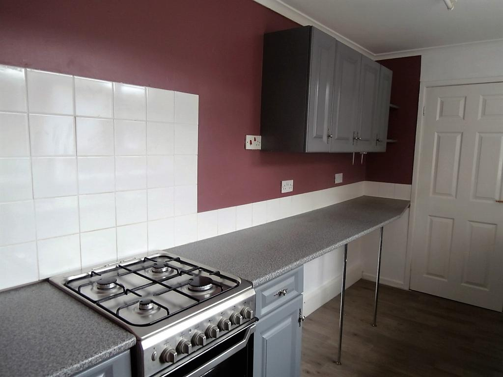 2 Bedrooms Terraced House for rent in CLYDE STREET, CHOPWELL, NEWCASTLE UPON TYNE NE17