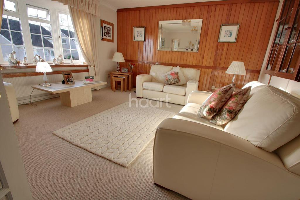 4 Bedrooms Detached House for sale in Cotswold Way, Newport