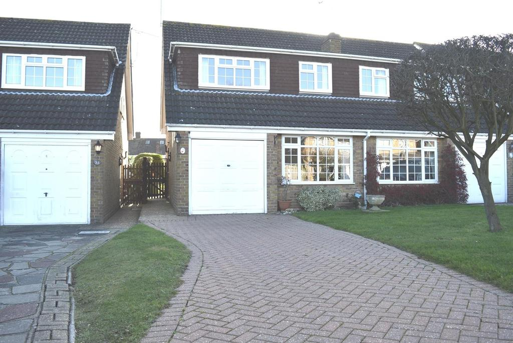 4 Bedrooms Semi Detached House for sale in Tindall Close, Harold Wood, Romford, RM3