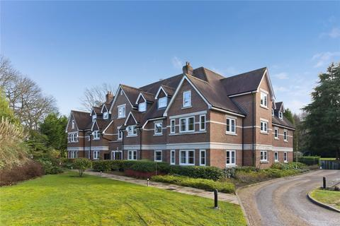 2 bedroom apartment to rent - Lakewood, Portsmouth Road, Esher, Surrey, KT10