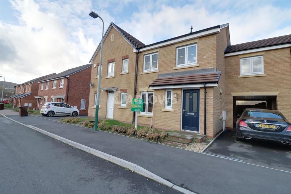 3 Bedrooms Terraced House for sale in Beech Tree View, Caerphilly