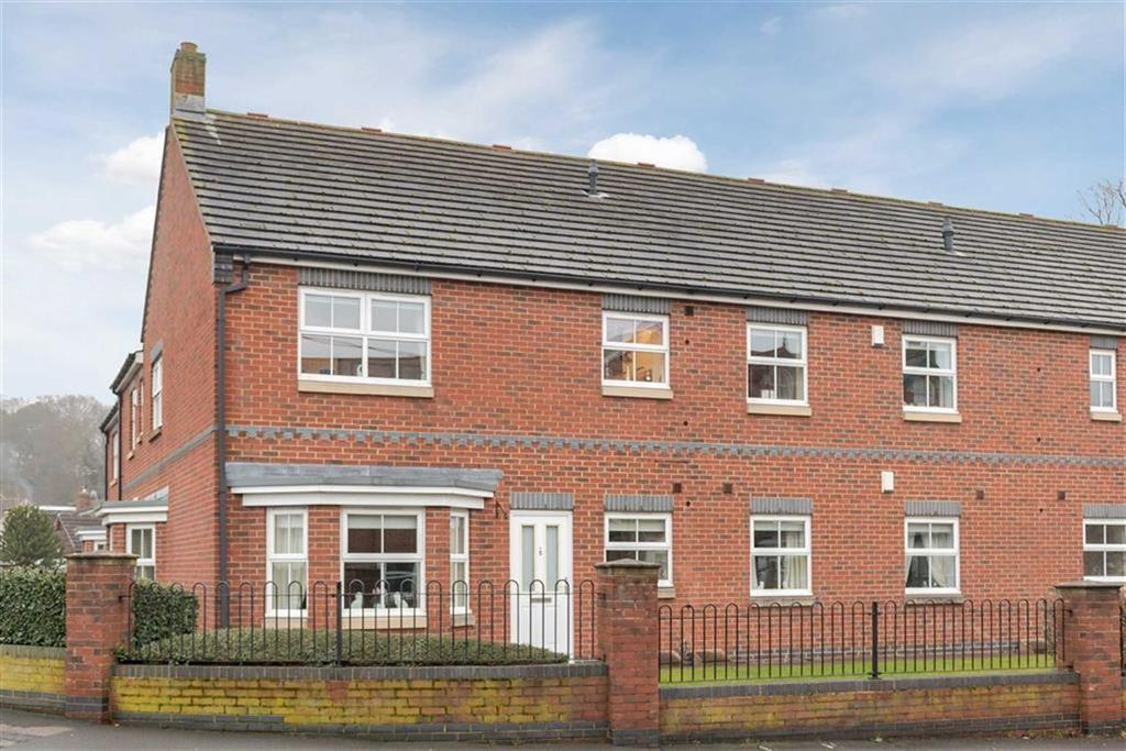 3 Bedrooms Apartment Flat for sale in Roseberry Court, Great Ayton