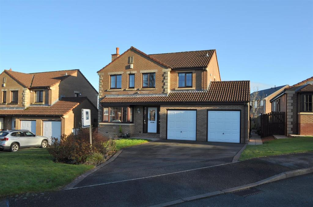 4 Bedrooms Detached House for sale in Parklands Way, Penrith