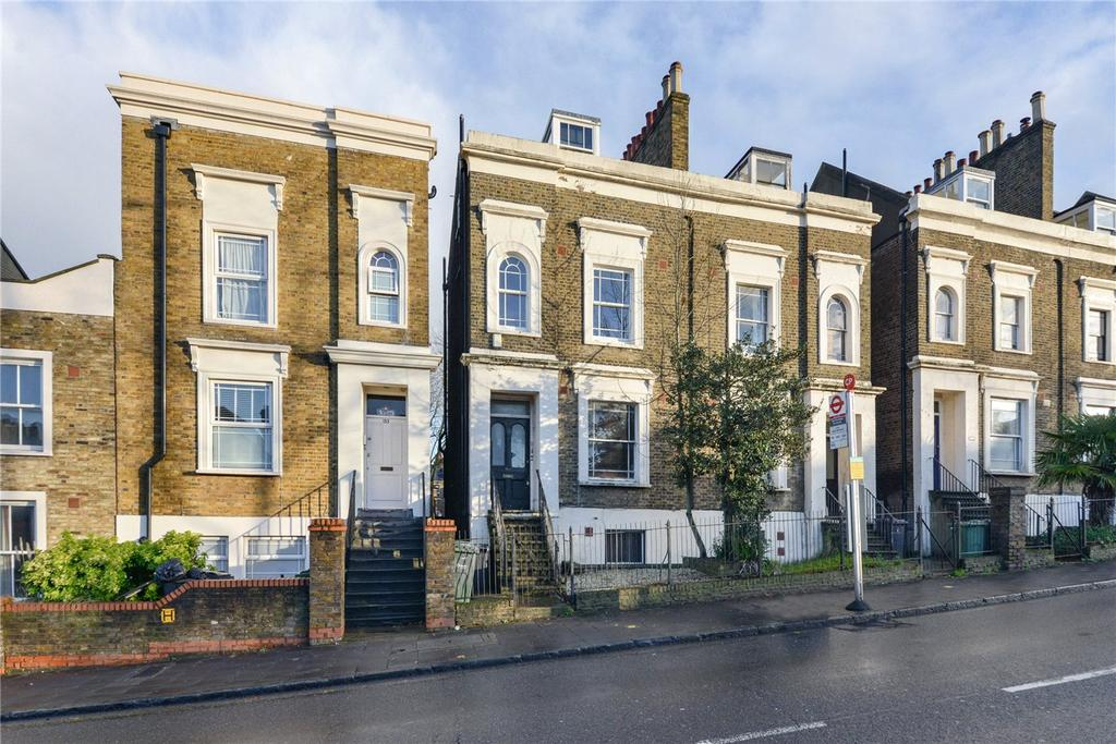 2 Bedrooms Maisonette Flat for sale in Knights Hill, London, SE27