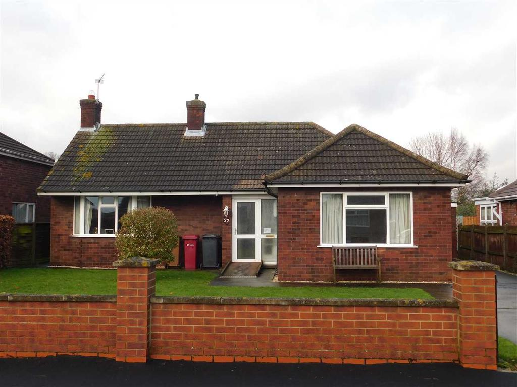 3 Bedrooms Bungalow for sale in KINGS AVENUE, BRIGG, BRIGG