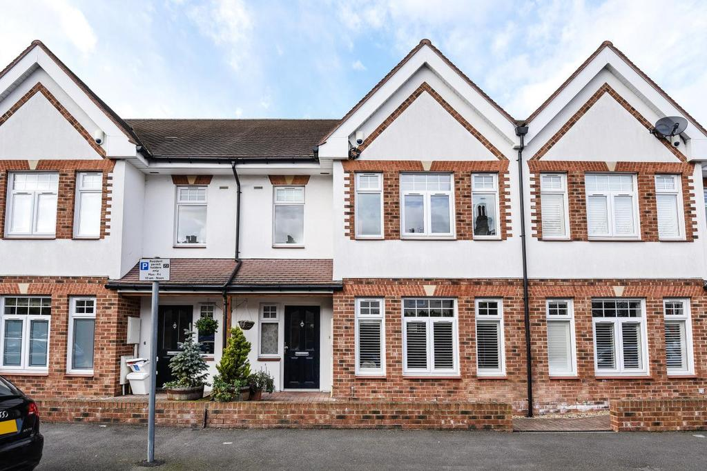 4 Bedrooms Terraced House for sale in Kendall Avenue, Beckenham