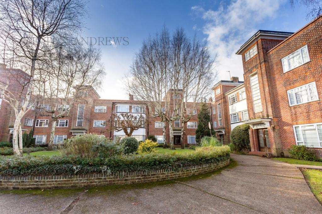 2 Bedrooms Flat for sale in Welsby Court, Eaton Rise, London, W5