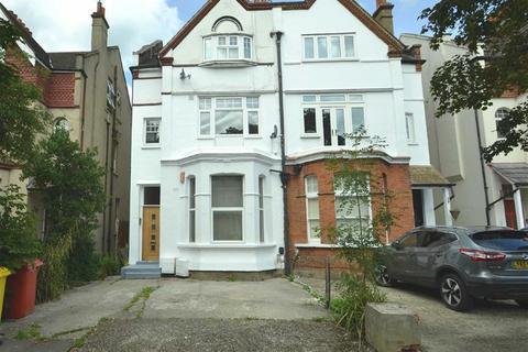 2 bedroom flat for sale - Queen Anne Avenue, Bromley, Kent