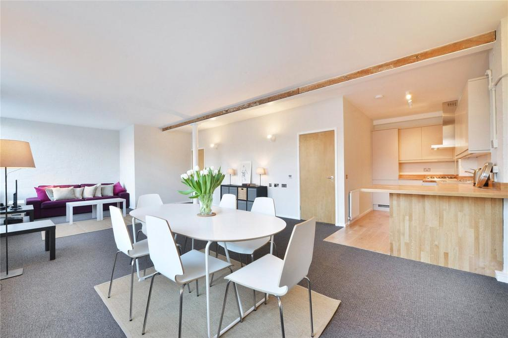 3 Bedrooms Flat for rent in Leighton Place, London