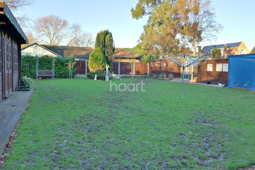 4 Bedrooms Detached House for sale in Little Wakering Road, Barling Magna