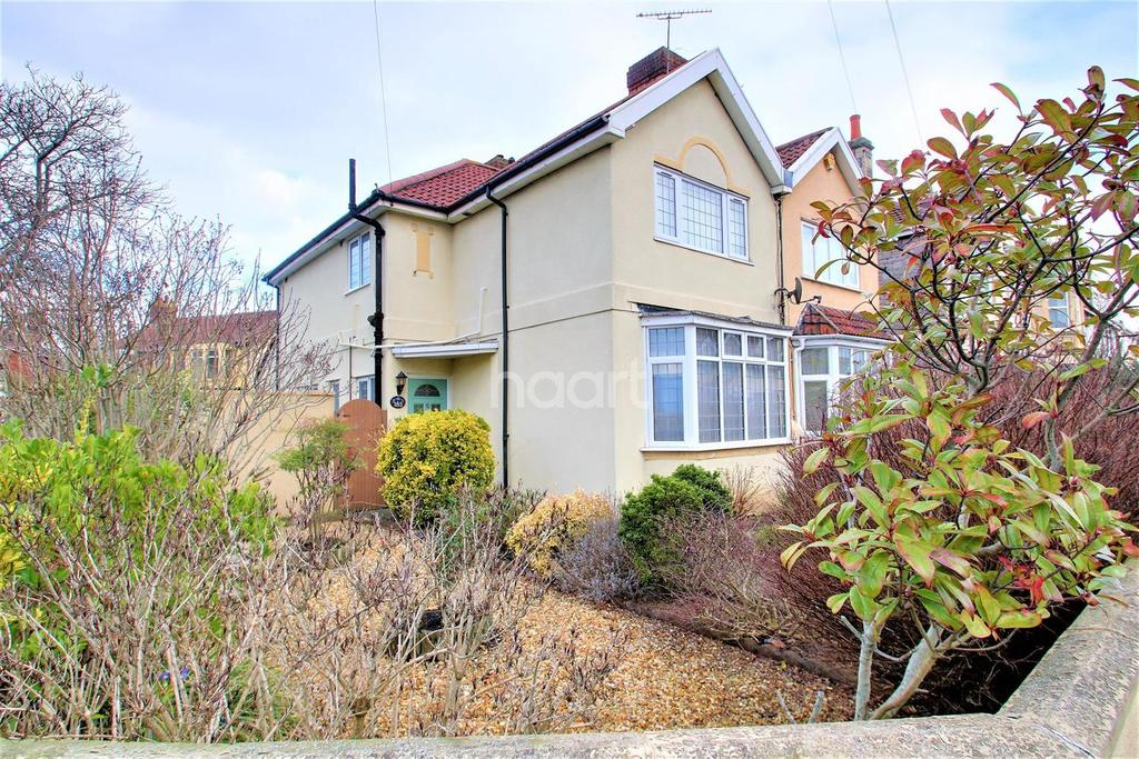 3 Bedrooms Semi Detached House for sale in Locking Road
