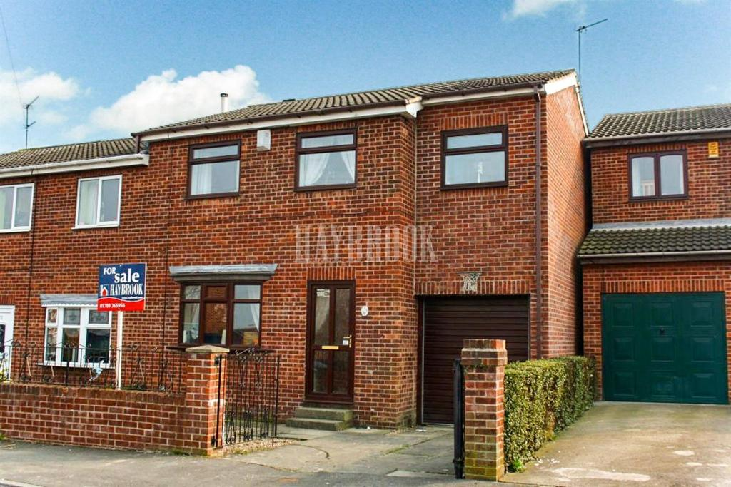 4 Bedrooms Semi Detached House for sale in Grange Road, Rawmarsh