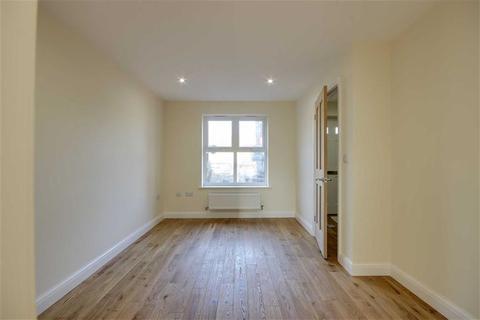2 bedroom semi-detached house to rent - Freeman Gardens, Upper Accomodation Road, LS9