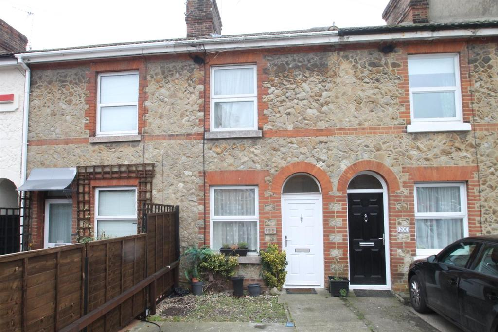 2 Bedrooms Terraced House for sale in Upper Fant Road, Maidstone