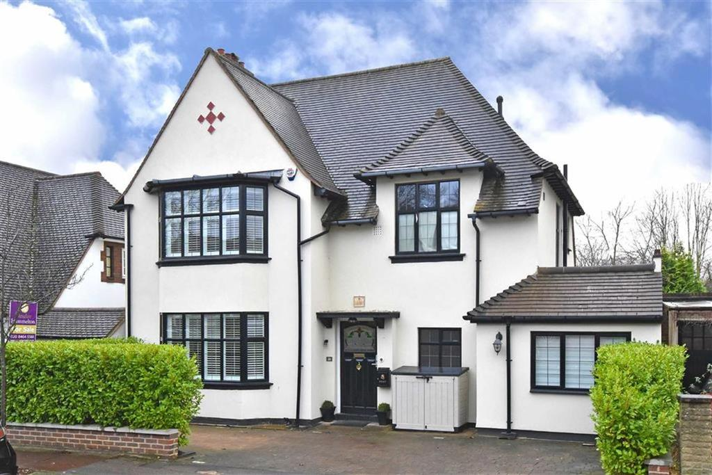 4 Bedrooms Detached House for sale in Cromwell Avenue, Bromley, Kent