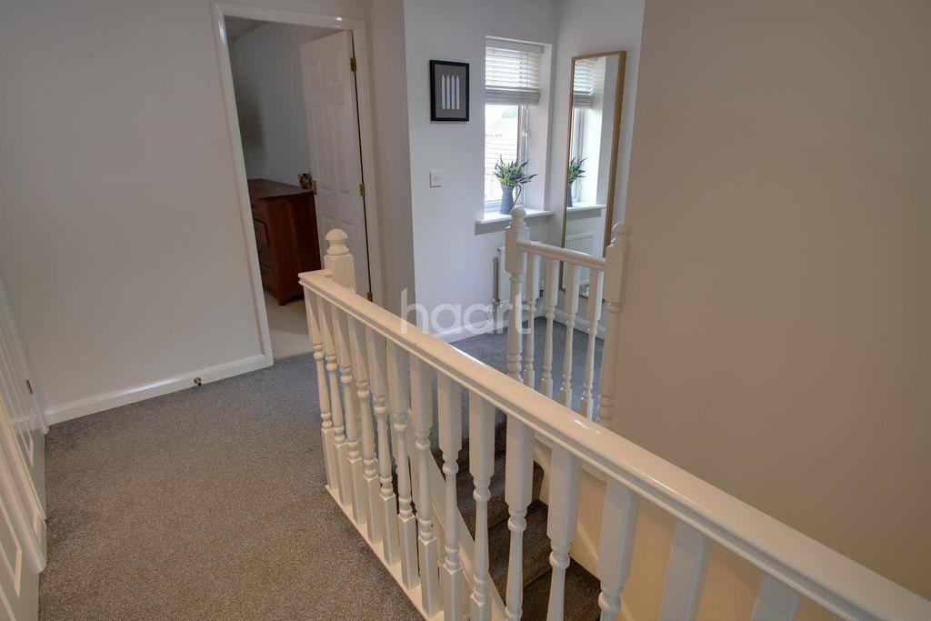 4 Bedrooms Detached House for sale in Loughland Close, Blaby, Leicester