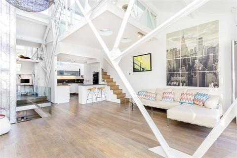 4 bedroom character property to rent - The Power House, 70 Chiswick High Road, Chiswick, London, W4
