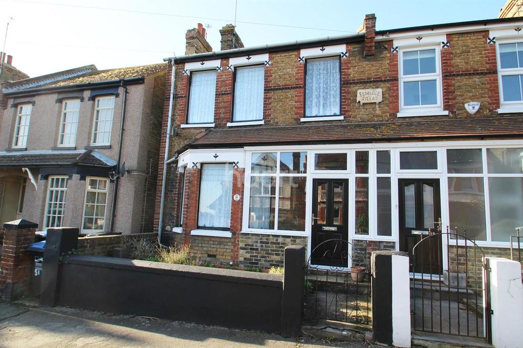 3 Bedrooms Semi Detached House for sale in St Georges Road , CT10