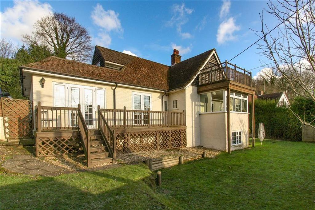 4 Bedrooms Detached House for sale in Conford, Liphook, Hampshire, GU30