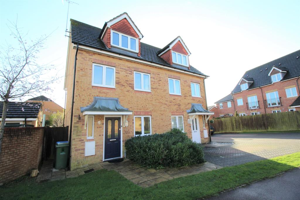 3 Bedrooms Semi Detached House for sale in Kipling Close, Whiteley