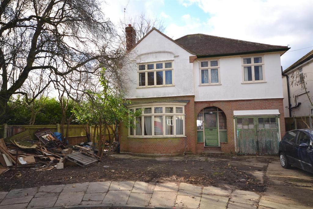 4 Bedrooms House for sale in Chelmsford