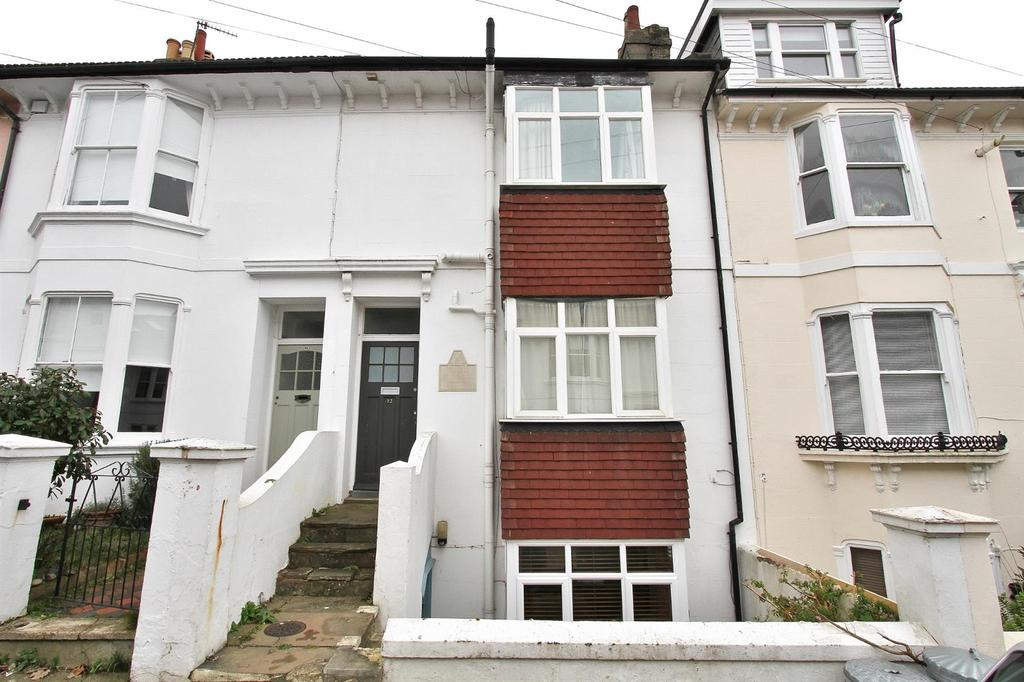 5 Bedrooms Terraced House for sale in Hamilton Road