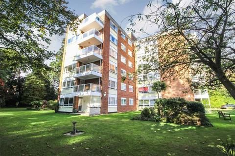 3 bedroom flat for sale - 7 The Avenue, Branksome Park, Poole, Dorset