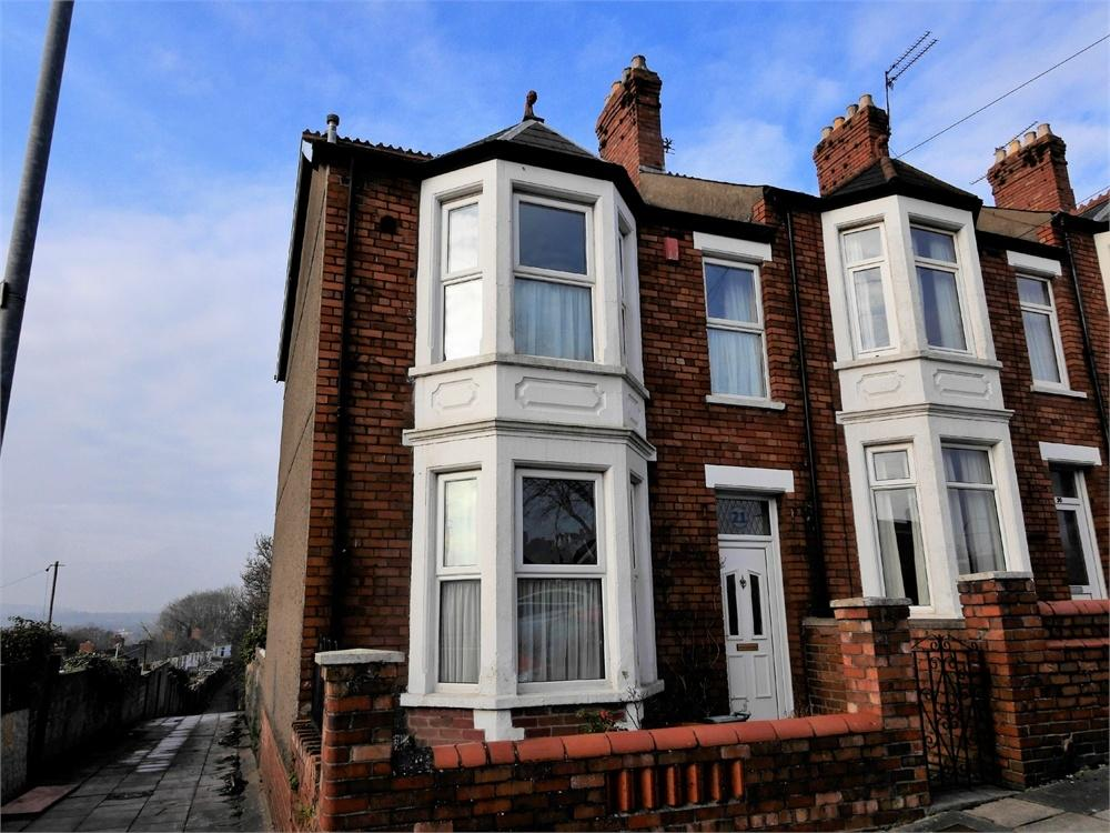 3 Bedrooms End Of Terrace House for sale in Plassey Square, Penarth